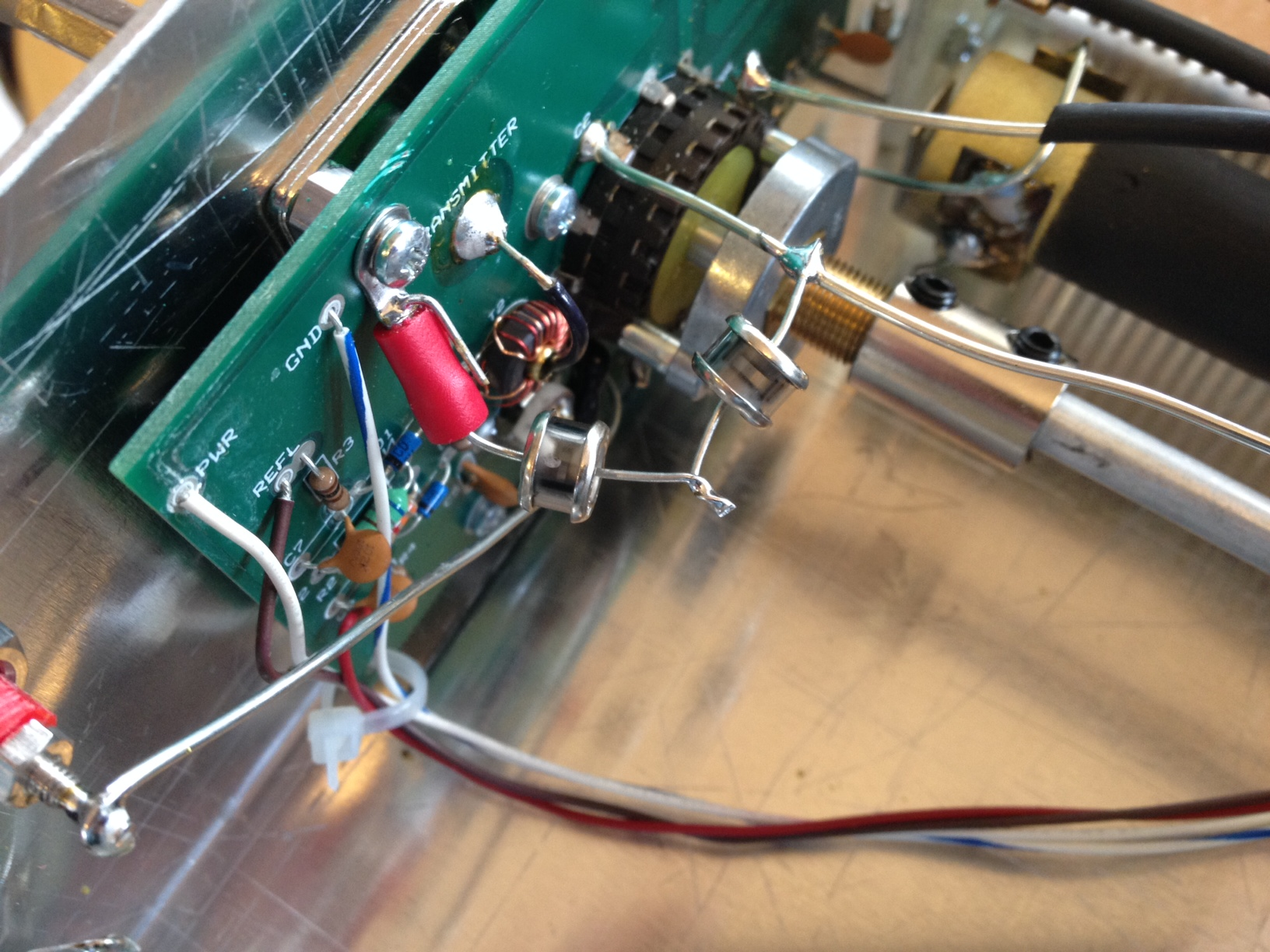 Protecting Both Tube And Transistor Hf Communications Equipment From Figure Antenna Matching Circuit 3 Two Gas Discharge Voltage Clamping Devices In Series Connected To The Center