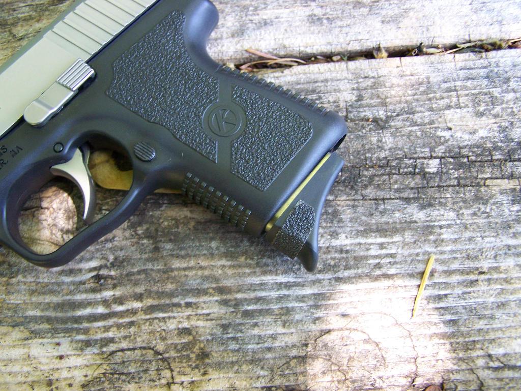 Pat Cascio's Product Review - Kahr Arms CM40 - SurvivalBlog com