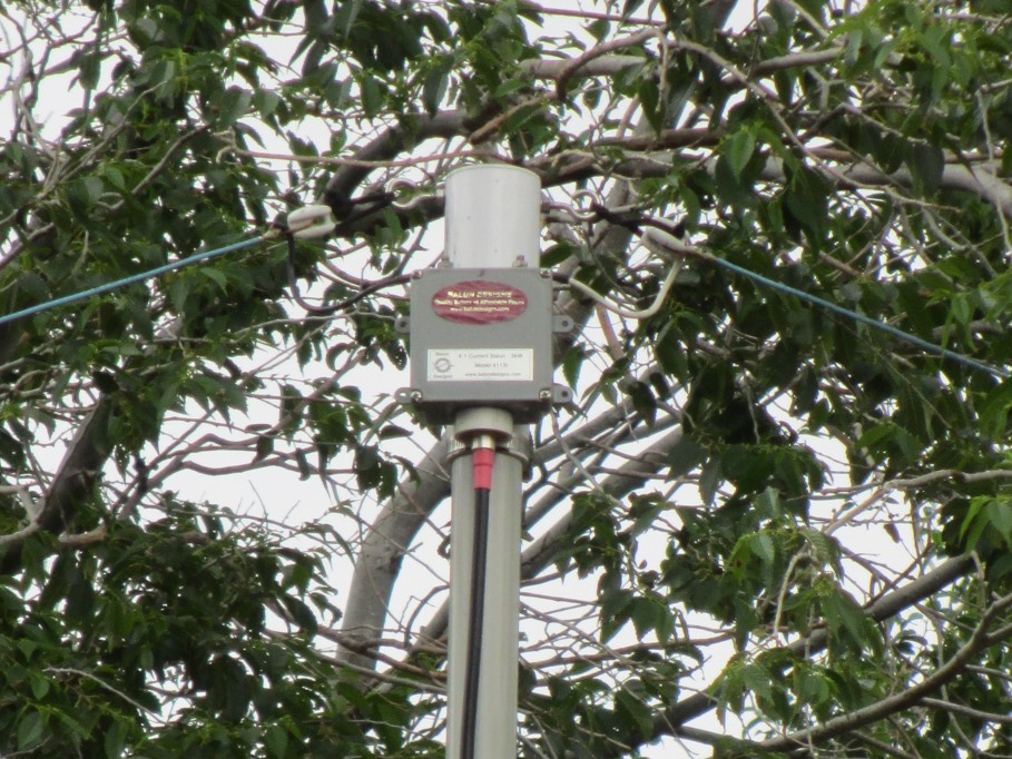 Building a Simple Multiband Antenna That Works, by The Consultant