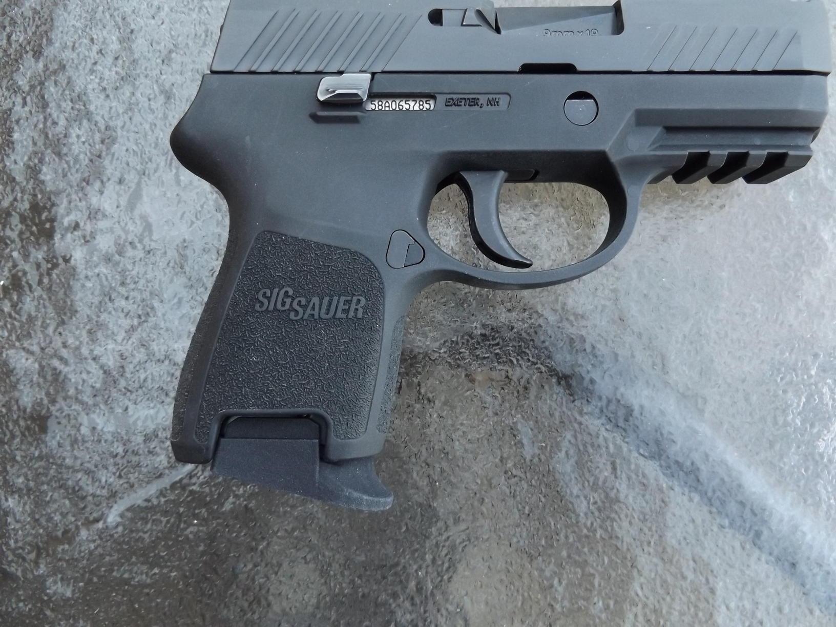 SIG Sauer P320 Series-The U S  Army's New Modular Handgun