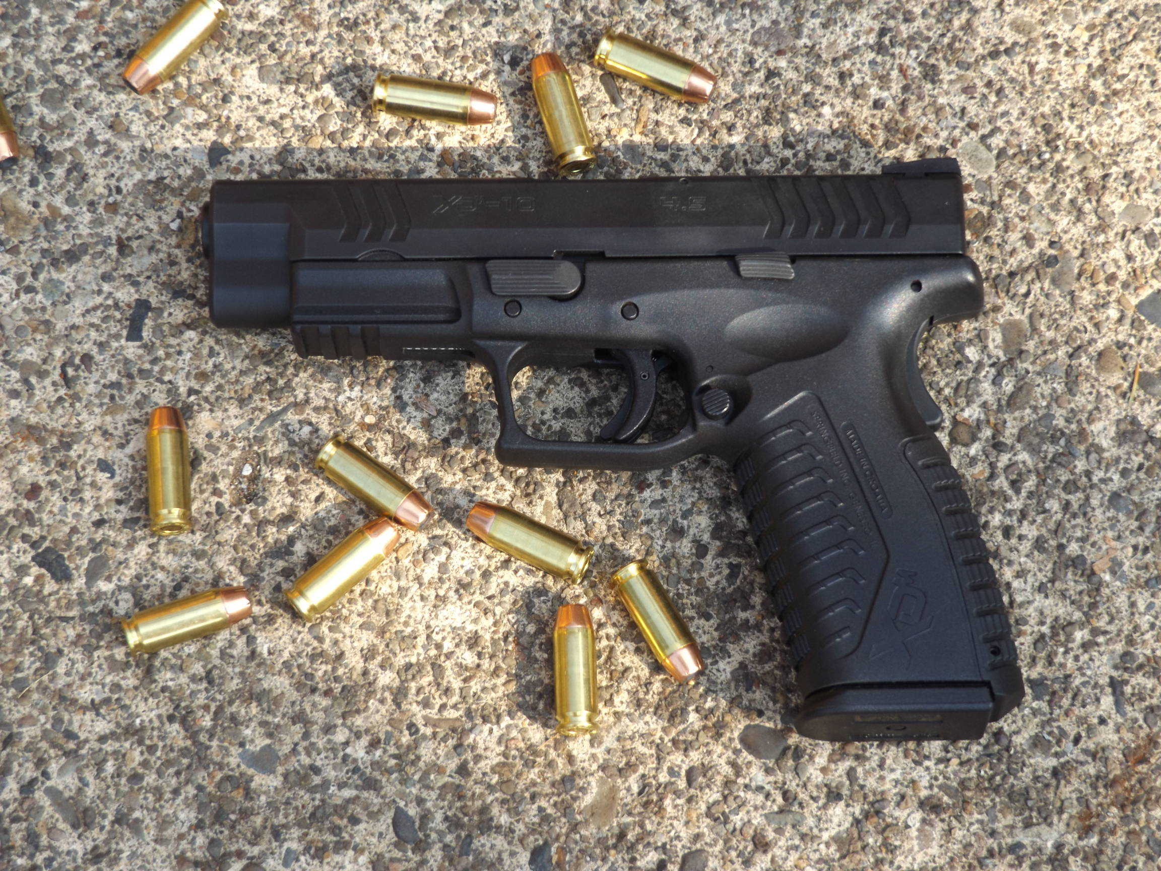 Springfield Armory XDm 10mm, by Pat Cascio - SurvivalBlog com