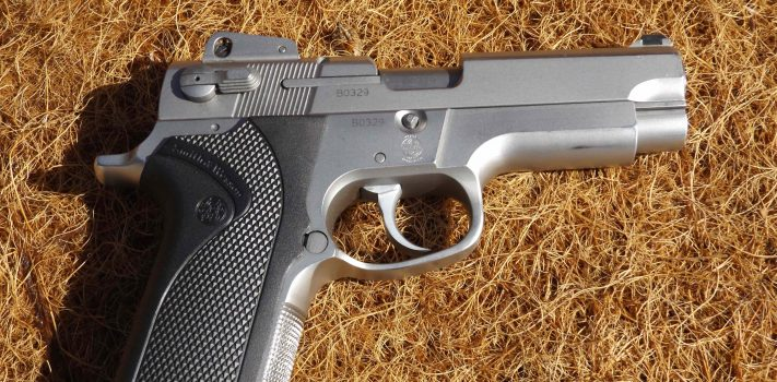 Product Review: S&W Model 4006, by Pat Cascio  Hefty 37 3-oz weight